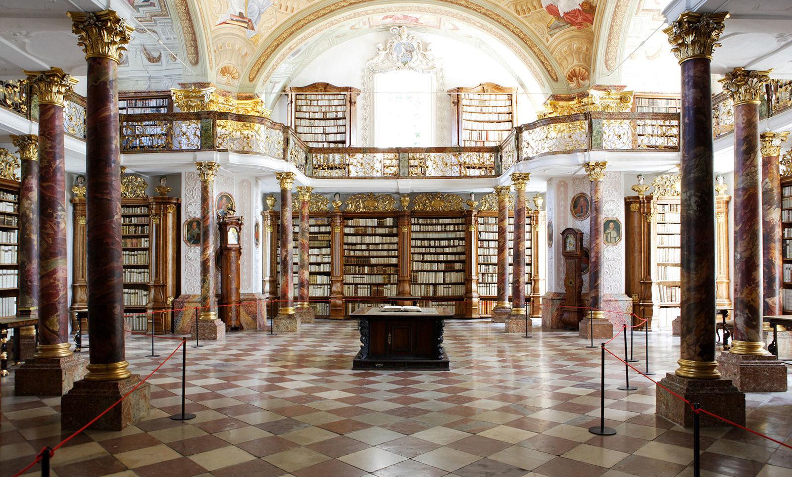 Bibliothek Stift Schlierbach - Pension Jageredt
