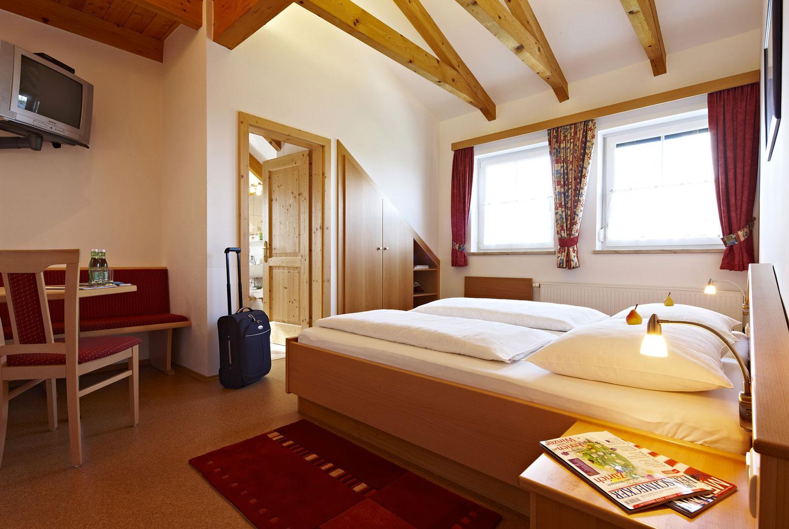 Doppelzimmer - Zimmer - Pension Jageredt