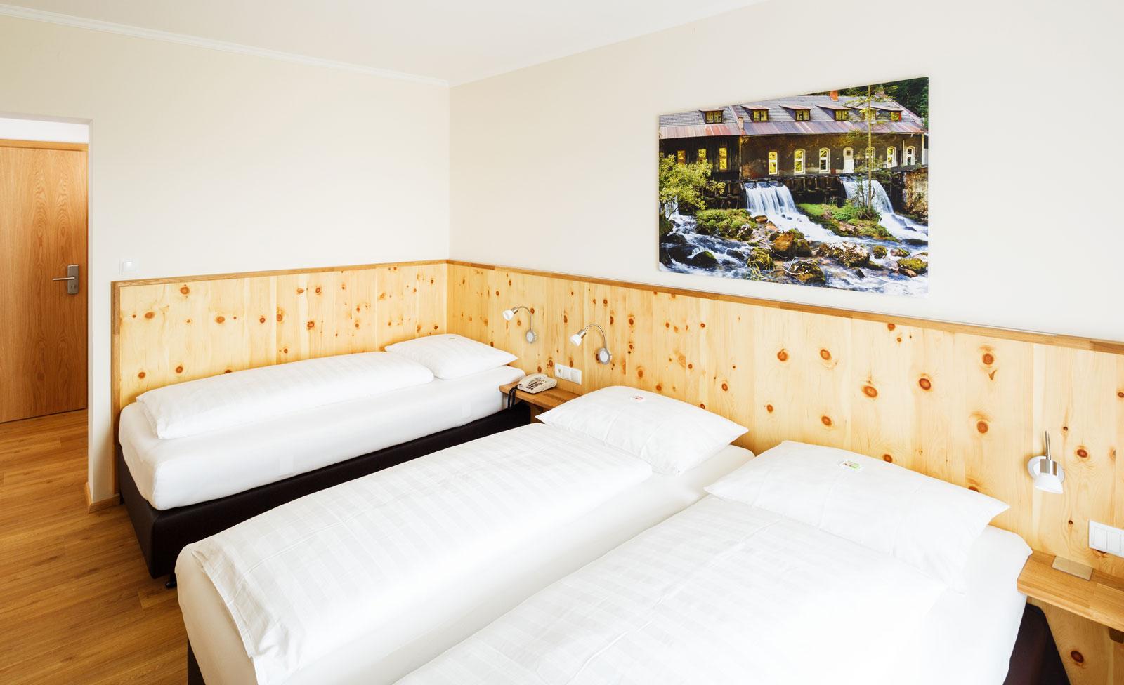 Dreibettzimmer - Zimmer - Pension Jageredt